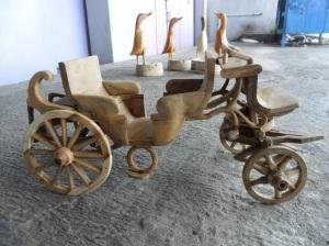 miniatur kereta kencana